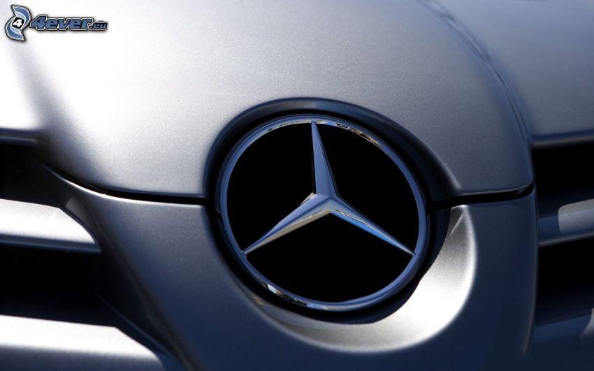 Mercedes, przednia maska