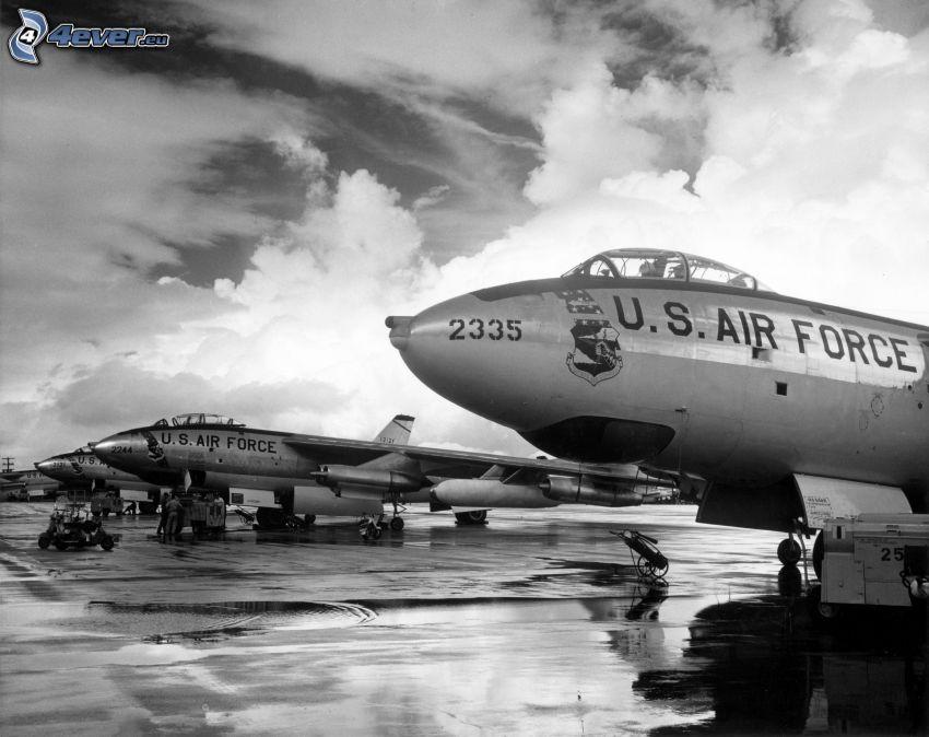 Boeing B-47, czarno-białe zdjęcie