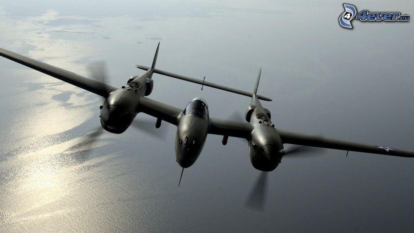 Lockheed P-38 Lightning, morze