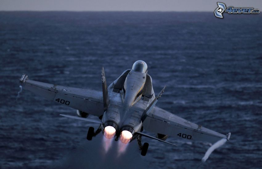 F-15 Eagle, morze