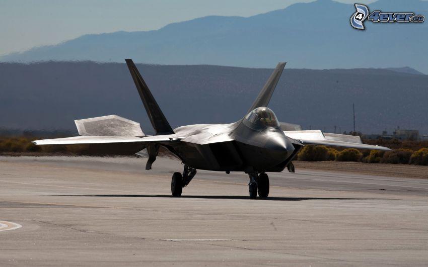 F-22 Raptor, lotnisko