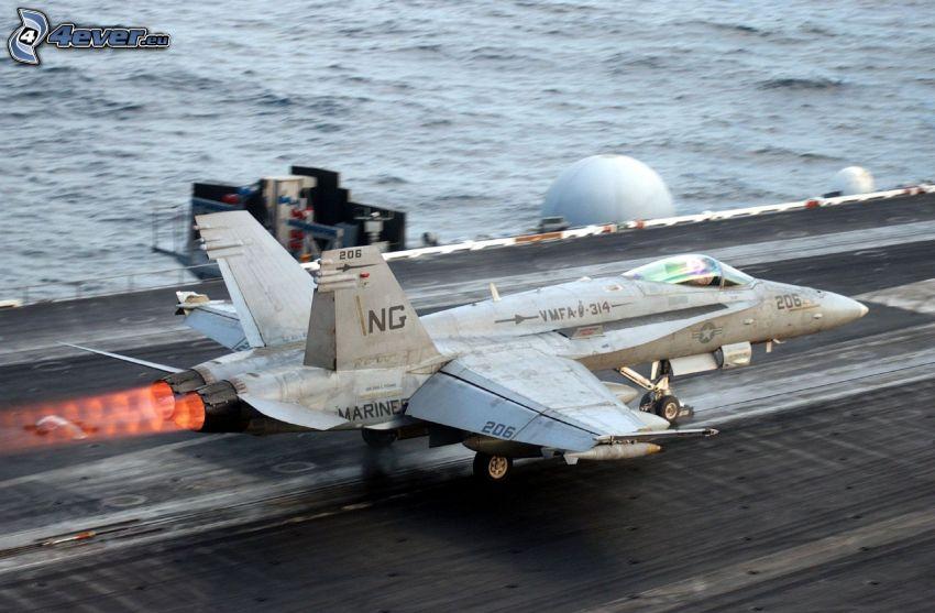myśliwiec, pas startowy