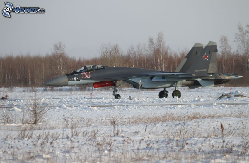 Sukhoi Su-35, śnieg