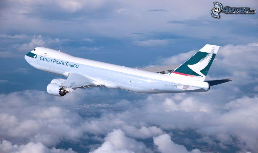 samolot, ponad chmurami