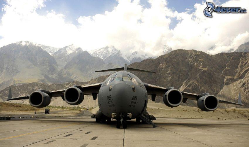 Lockheed C-5 Galaxy, pasmo górskie