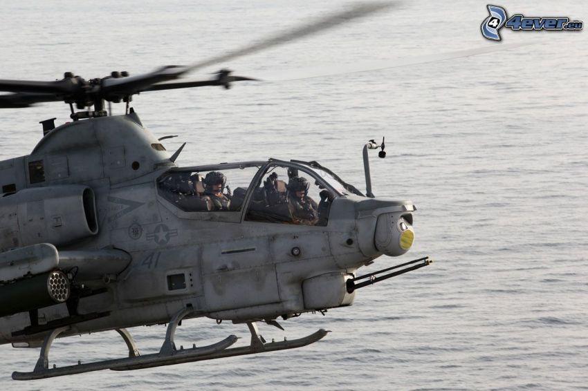 AH-1Z Viper, powierzchnia wody