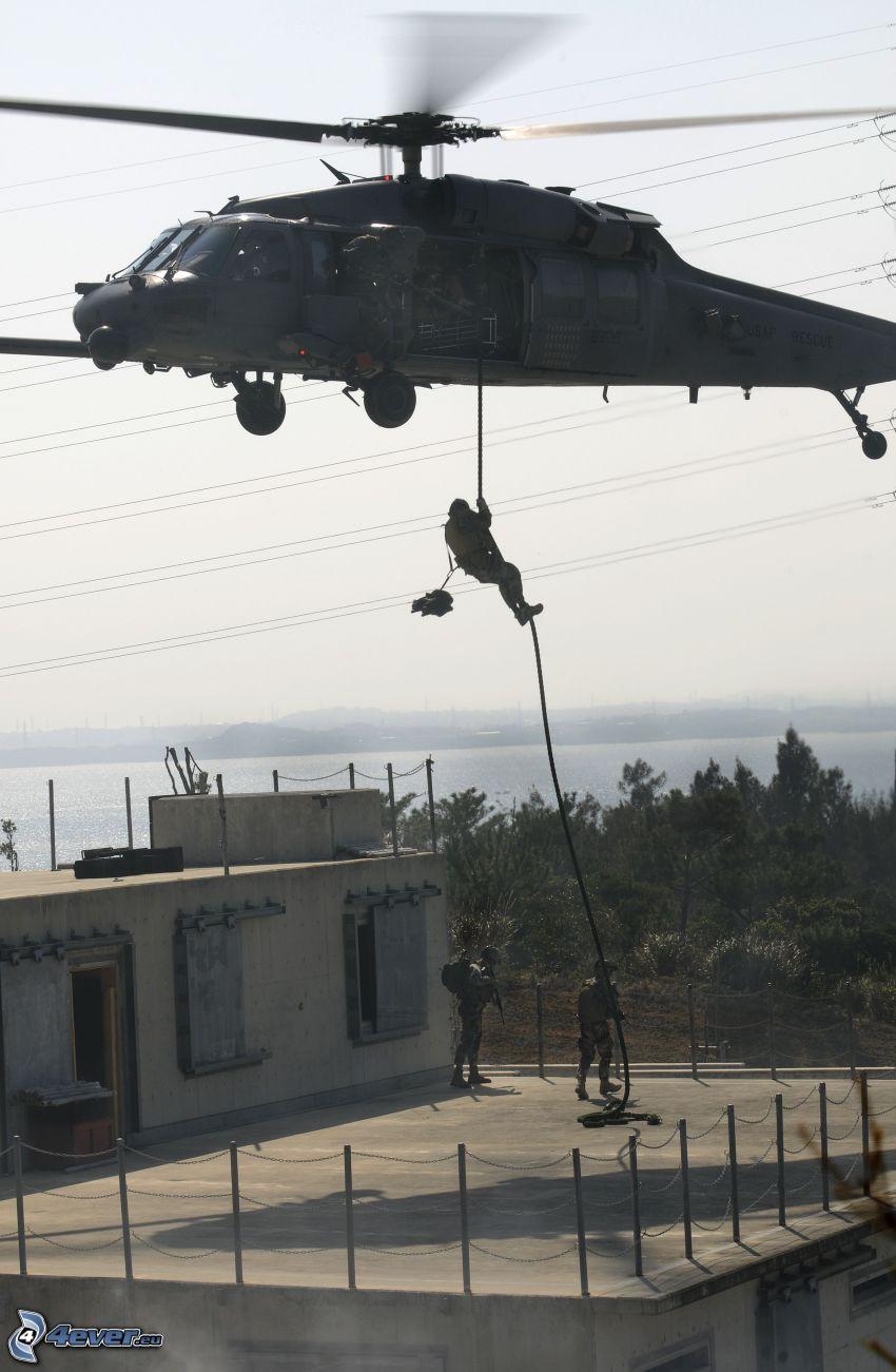 zejście z, helikoptera