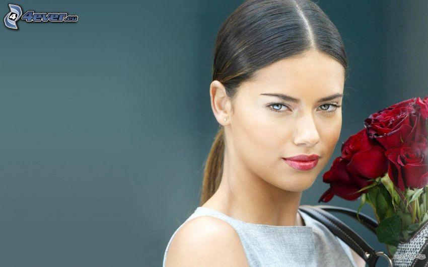 Adriana Lima, czerwone róże, modelka