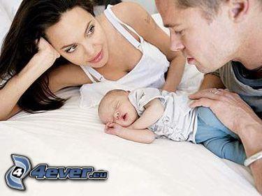 Angelina Jolie, Brad Pitt, dziecko, rodzina