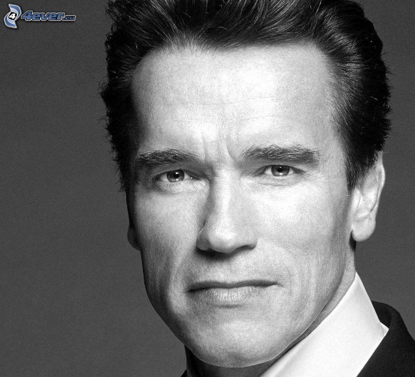 Arnold Schwarzenegger, czarno-białe zdjęcie