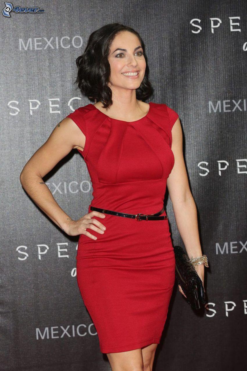 Barbara Mori, uśmiech, czerwona sukienka