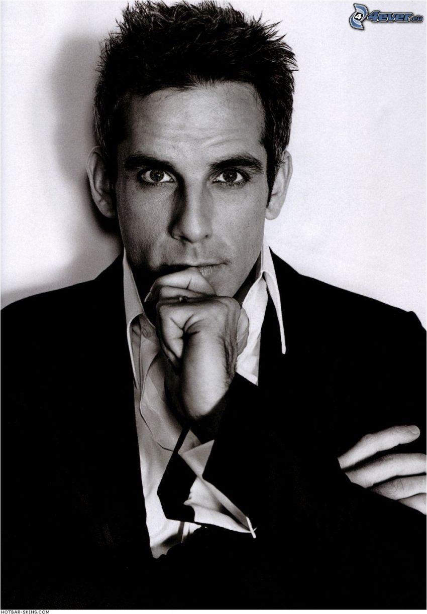 Ben Stiller, mężczyzna w garniturze, czarno-białe zdjęcie