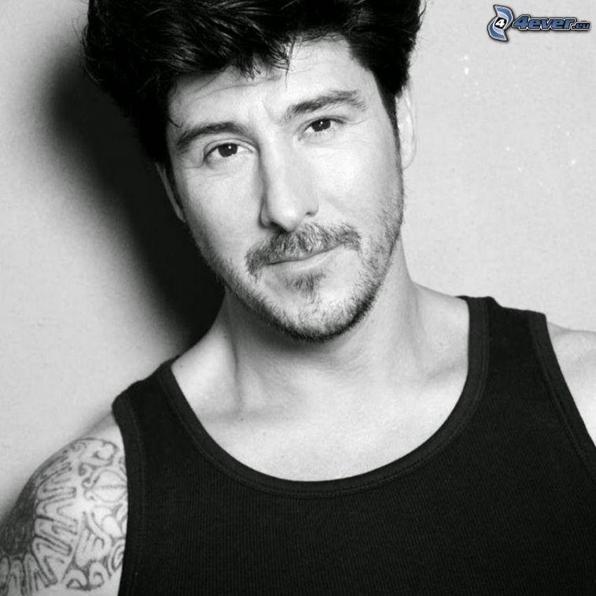 David Belle, czarno-białe zdjęcie