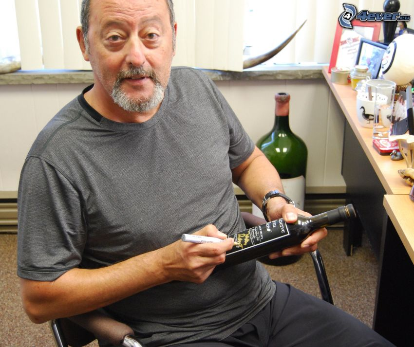 Jean Reno, podpis, wino