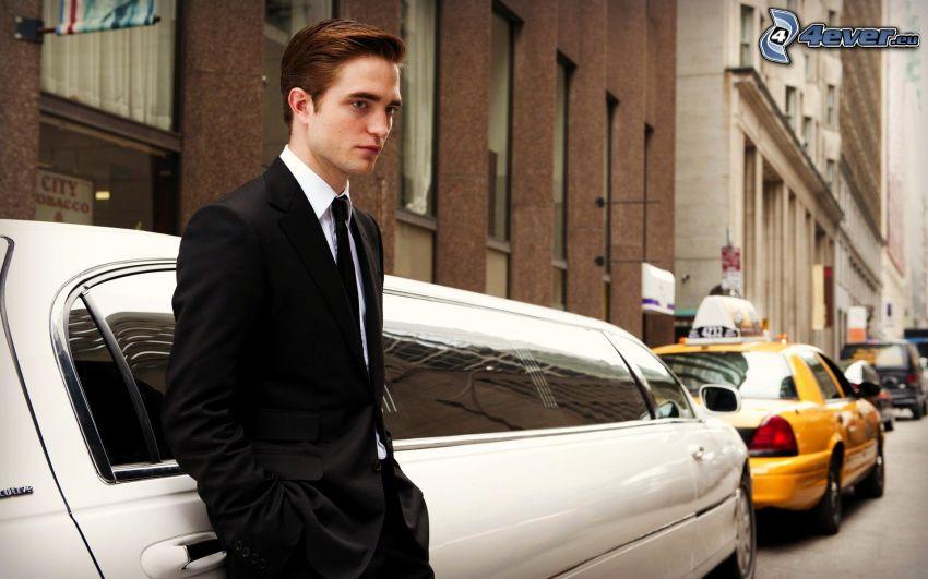 Robert Pattinson, limuzyna, ulica