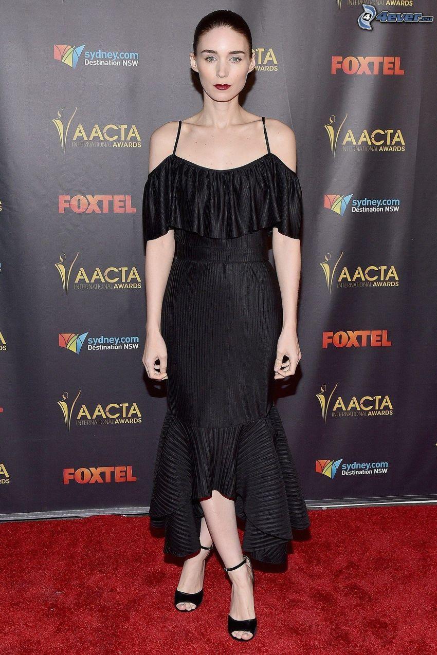 Rooney Mara, czarna sukienka