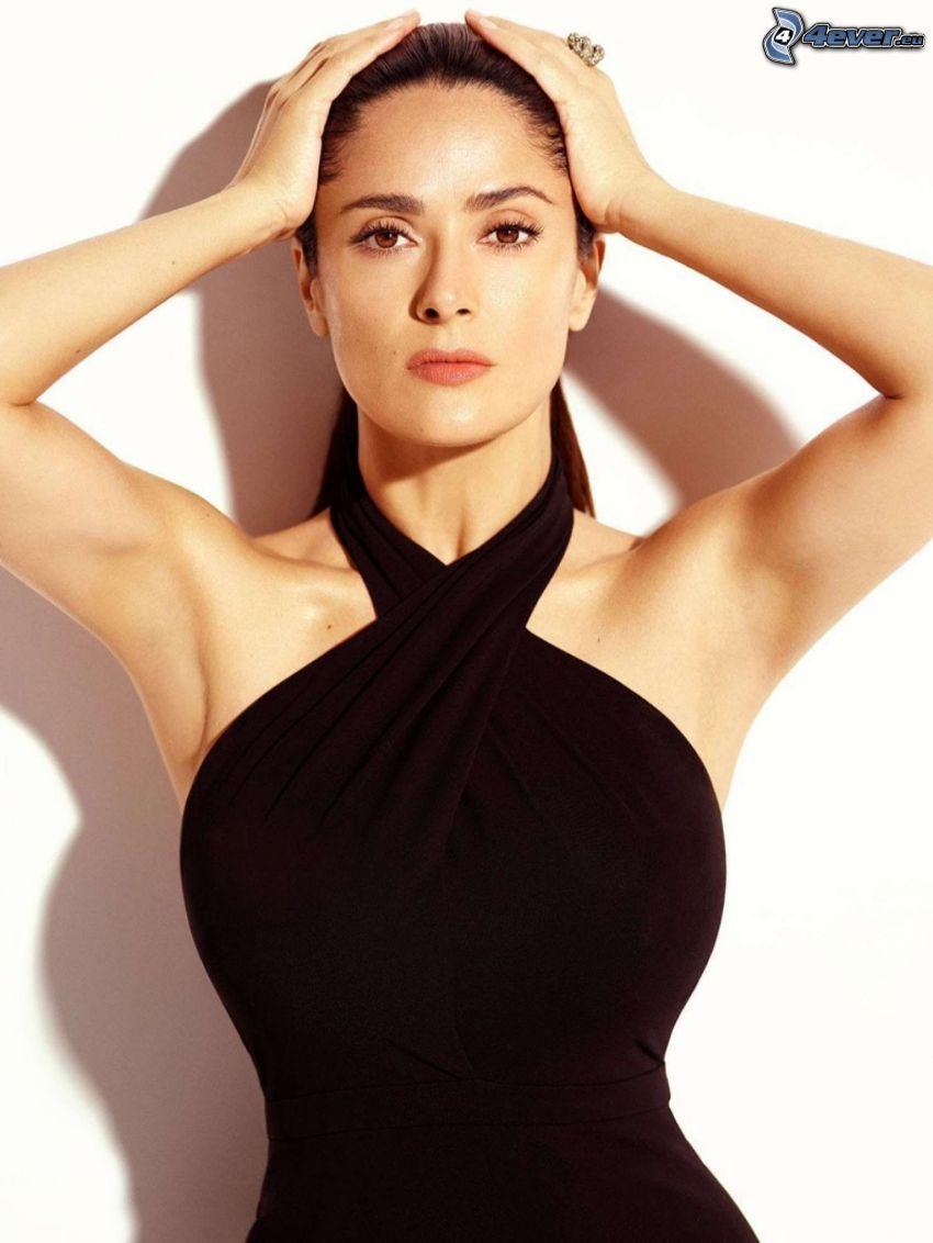 Salma Hayek, czarna sukienka
