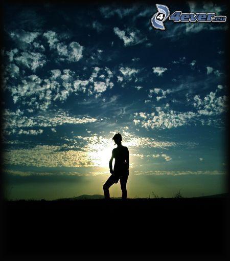 sylwetka kobiety, przy zachodzie słońca, niebo, chmury