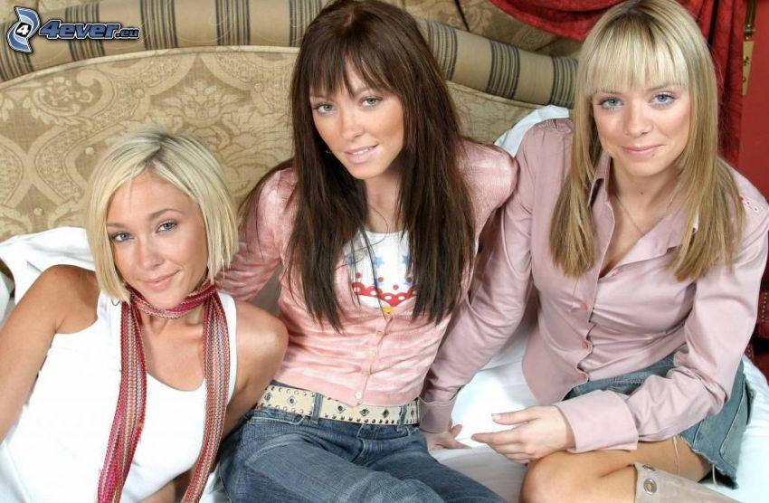 Atomic Kitten, blondynki, brunetka