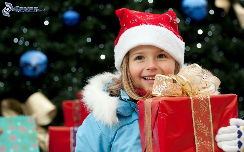 dziewczynka, czapka Świętego Mikołaja, prezent