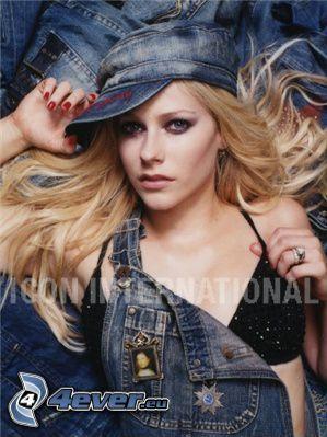 Avril Lavigne, piosenkarka, człowiek