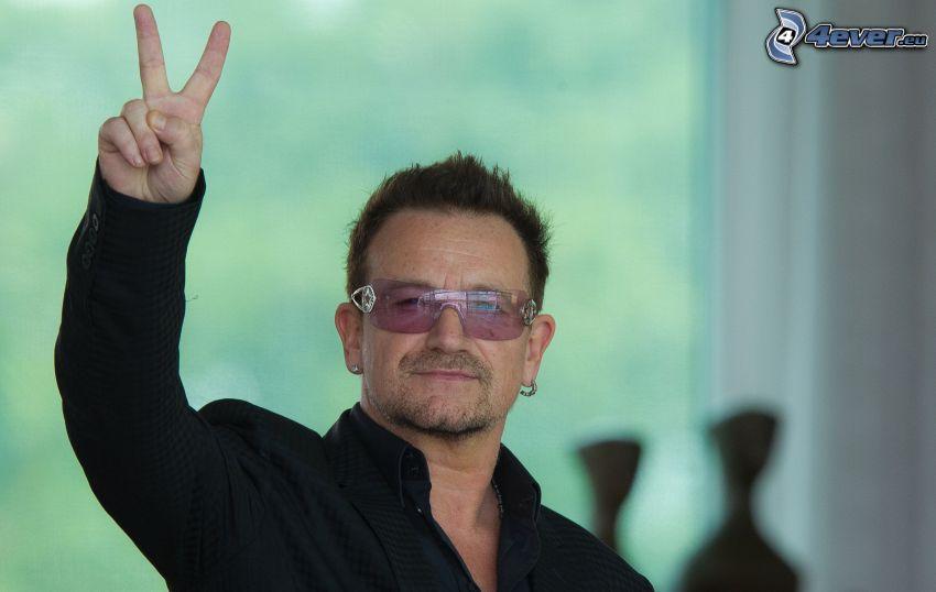 Bono Vox, pokój, mężczyzna w okularach