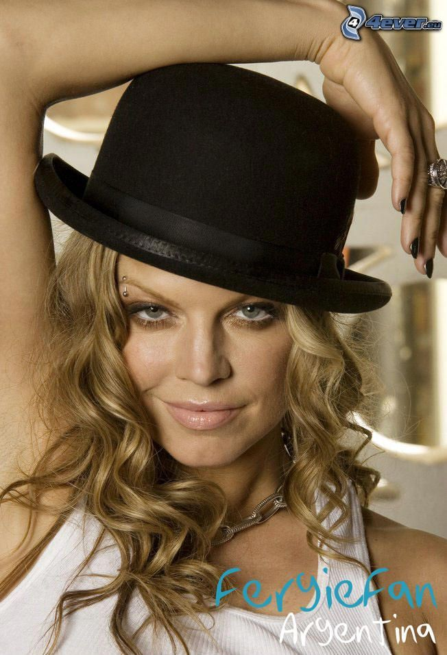 Fergie, kapelusz