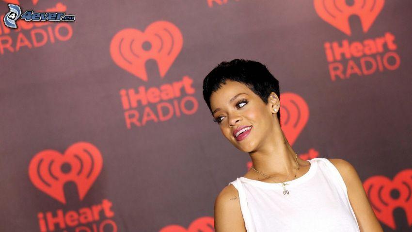 Rihanna, serduszka