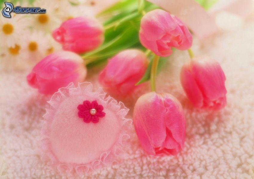 różowe tulipany, różowe serce