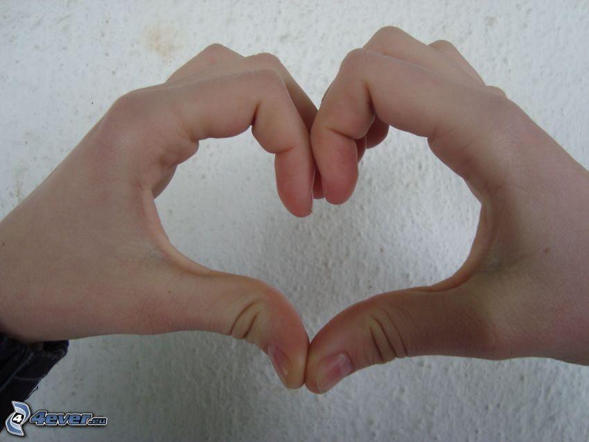 serce z rąk
