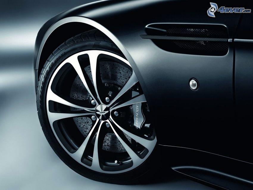 Aston Martin, dysk, hamulec, niskoprofilowane opony