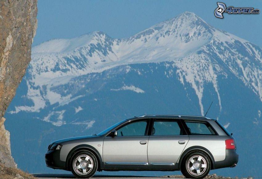Audi A6 Allroad, zaśnieżone góry