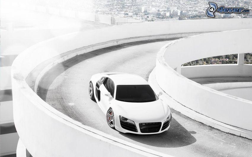 Audi R8, most, czarno-białe