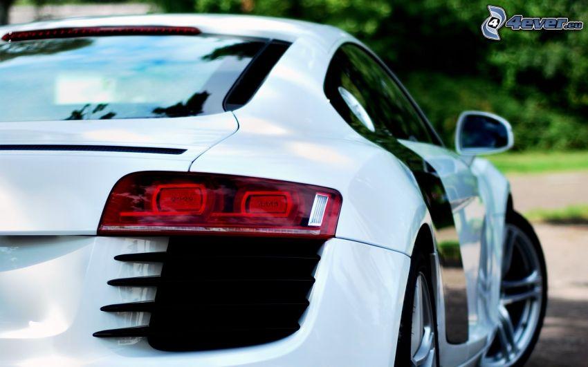 Audi R8, tylne światła