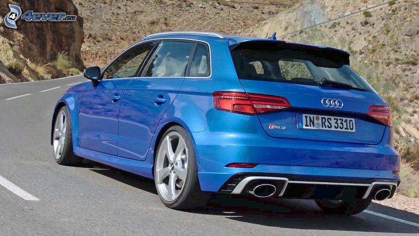 Audi RS3, zakręt