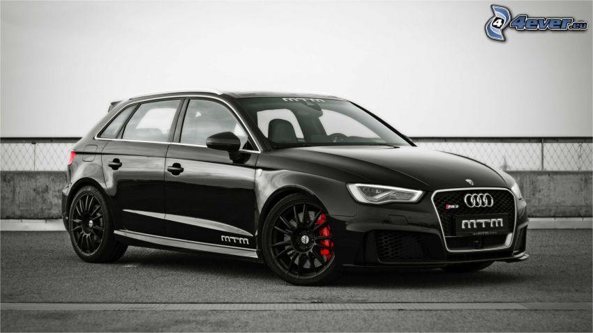 Audi S3, płot