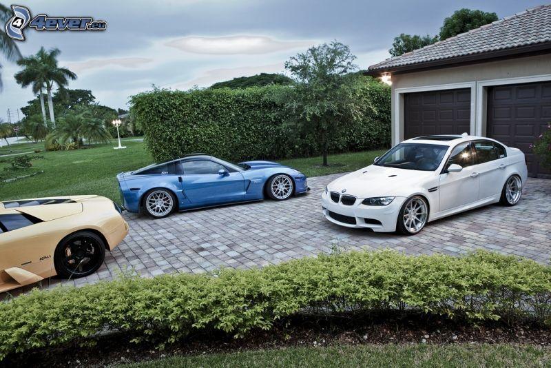 BMW, garaż
