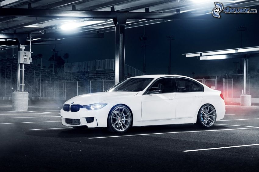 BMW 3 F30, parking, noc
