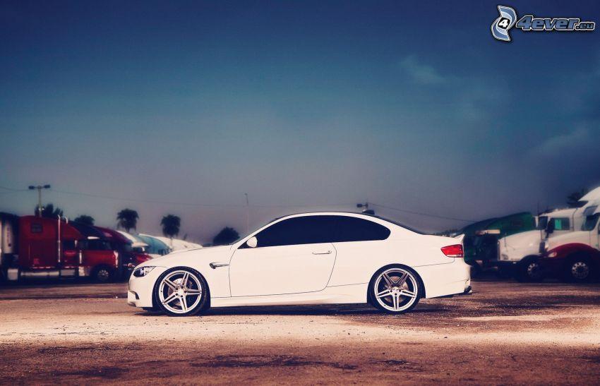 BMW E92, parking
