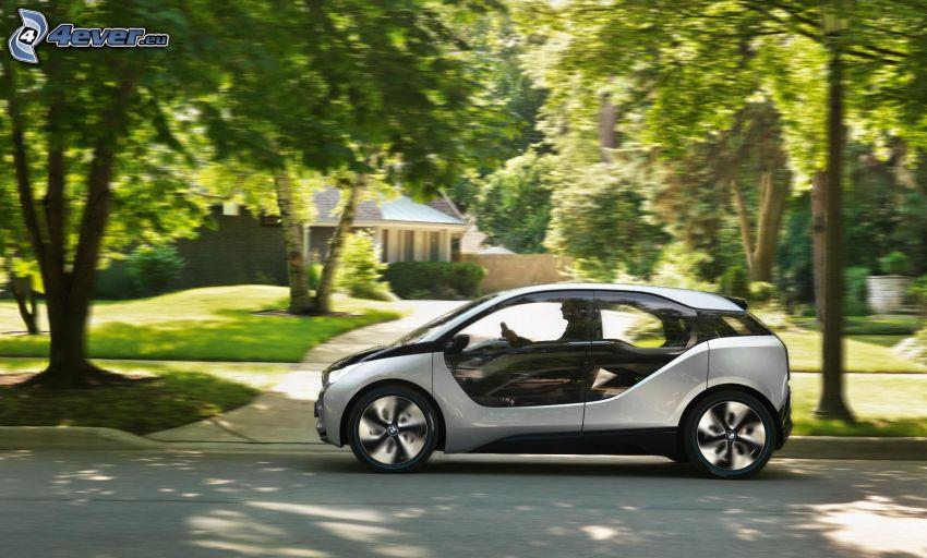 BMW i3, drzewa, zieleń