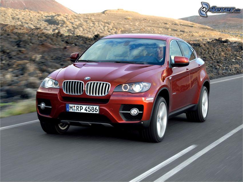 BMW X6, ulica, prędkość
