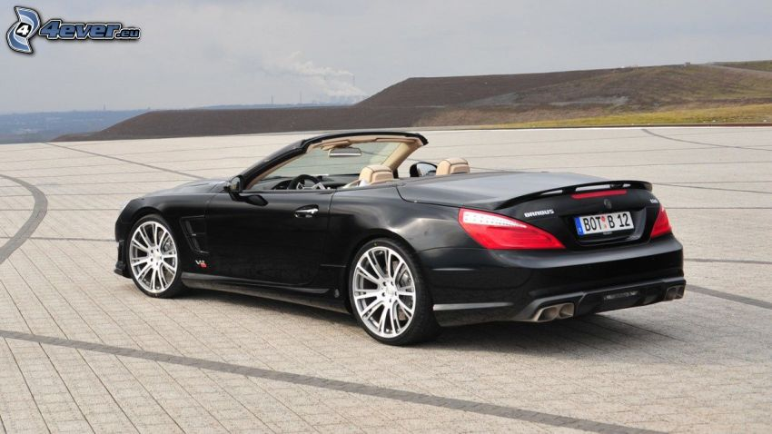 Cabriolet Brabus 800, parking
