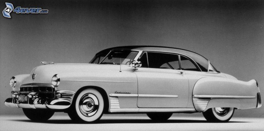 Cadillac, weteran, czarno-białe zdjęcie