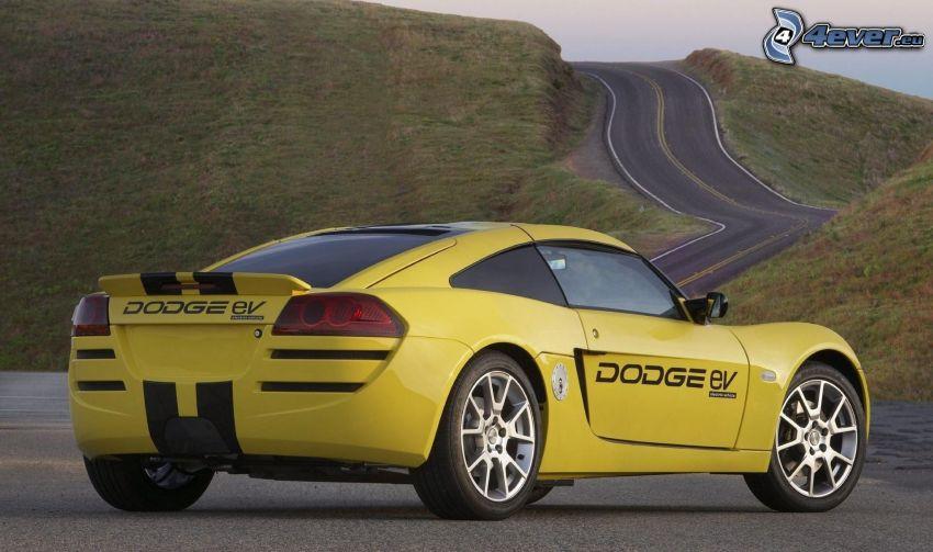 Dodge Circuit EV, sportowe auto, ulica, wzgórze