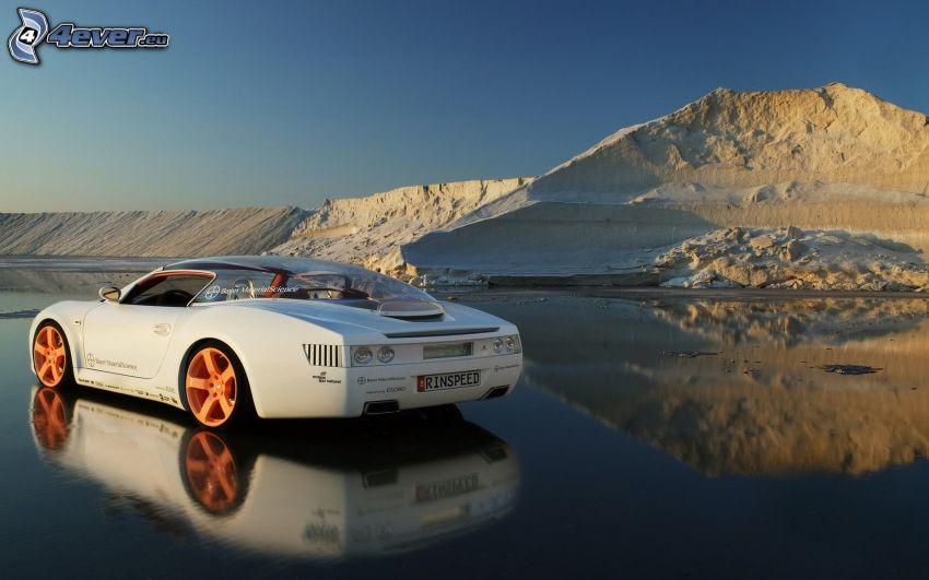 Ford, sportowe auto, woda, odbicie, wzgórze