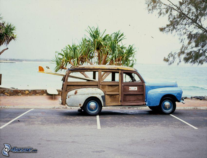 Ford Woody, weteran, palma, parking, morze