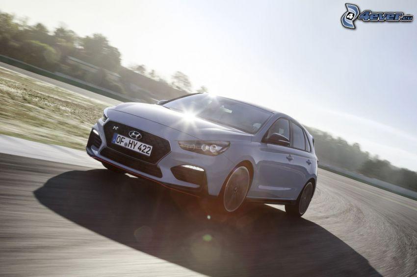 Hyundai i30, prędkość, zakręt