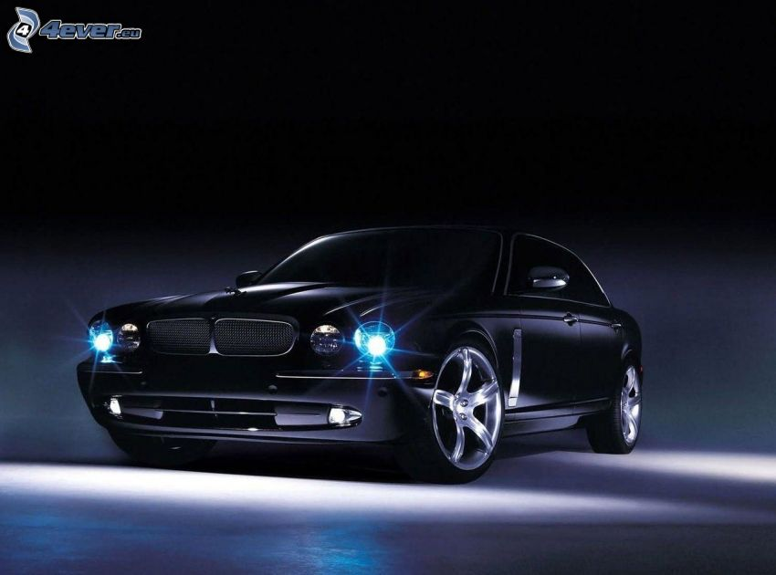 Jaguar, światła