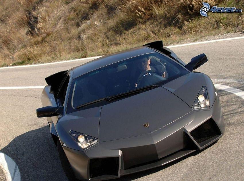 Lamborghini Reventón, zakręt