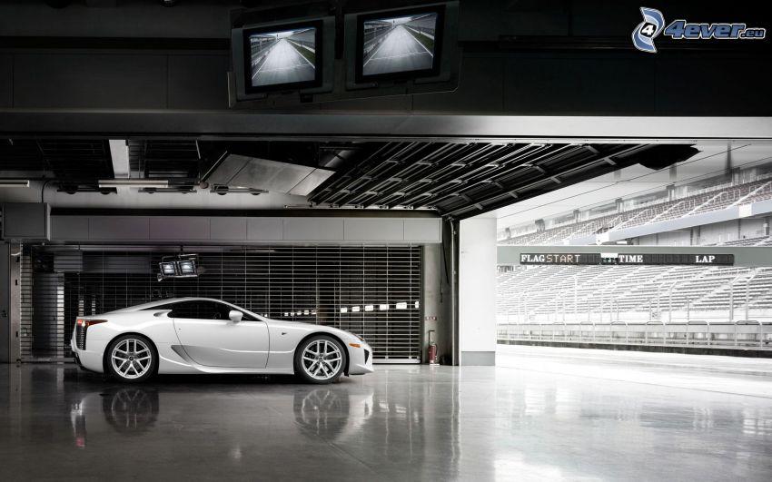 Lexus LFA, hala